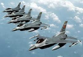 http://www.comunismoecomunita.org/wp-content/uploads/2011/03/Aerei-da-guerra.jpg